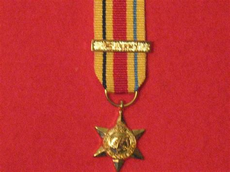 MINIATURE AFRICA STAR MEDAL WITH 1ST ARMY CLASP - Hill