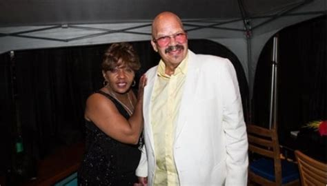 Begging Paid Off! Anita Baker Is On The Boat! | Black